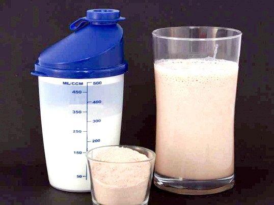 Амінокислоти в спортивному харчуванні: користь і побічні ефекти
