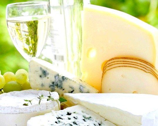 Чим відрізняється дорогий сир від дешевого