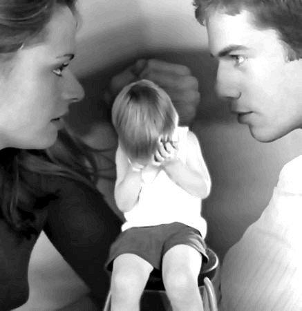 Що робити, якщо колишня дружина налаштовує дитину проти батька