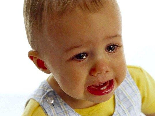 Що робити, якщо батька дратує плач немовляти