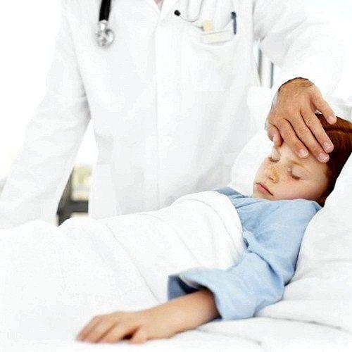 Що робити, якщо у дитини довго не спадає температура