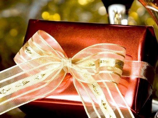 Що можна подарувати чоловікові на 50 років