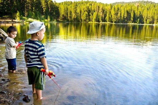 Що подарувати рибалці