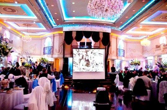 Для чого потрібен проектор на весіллі