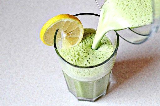 Фруктово-овочевий детокс-коктейль