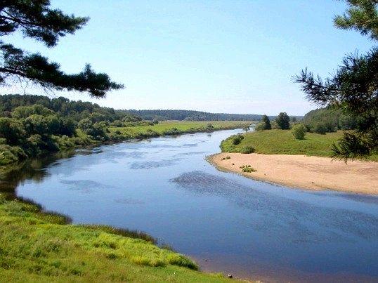 Де знаходиться найчистіша річка в світі
