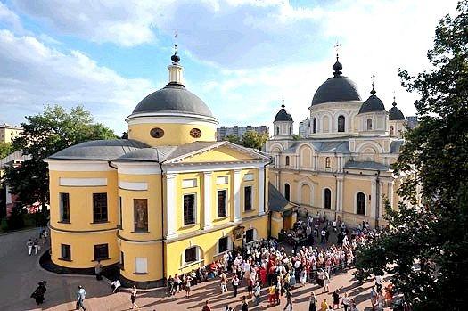Як дістатися до Покровського монастиря