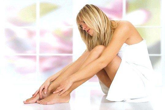 Як коригувати випирає кісточку на великому пальці ноги