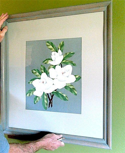 Як легко повісити картину на стіну