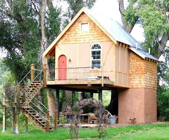 Як найкраще обробити дачний будинок зовні і всередині