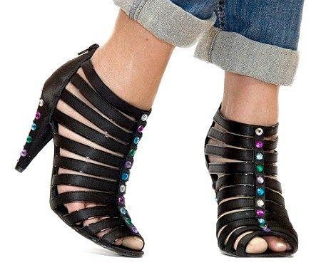 Як оновити старі туфлі