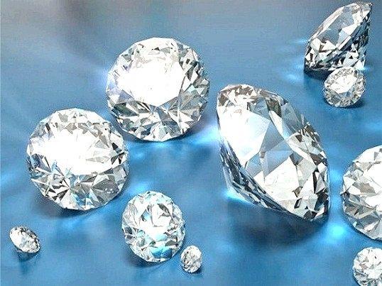 Як відрізнити фианит від діаманта