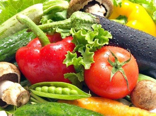 Як відрізнити натуральні овочі від овочів з нітратами
