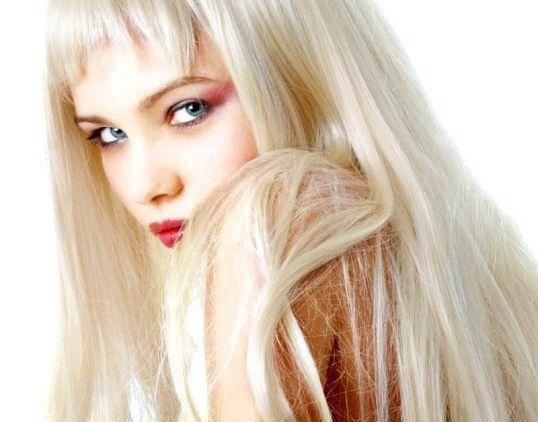 Як пофарбуватися в платиновий блондин