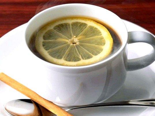 Як правильно робити чай з лимоном