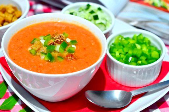Як приготувати холодний іспанський суп гаспачо