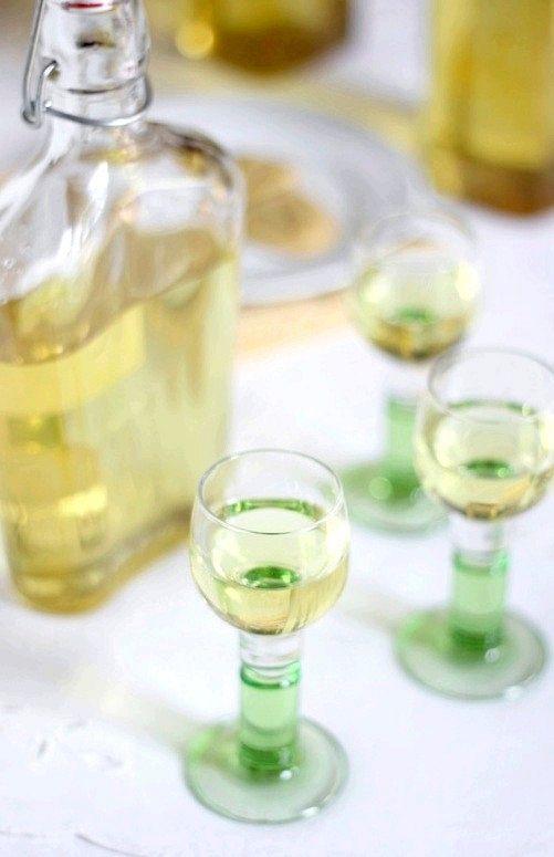 Як приготувати лимонний лікер лимончелло