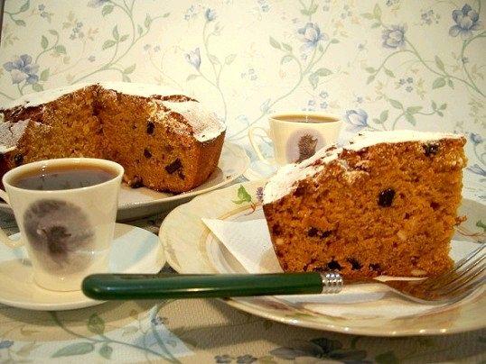 Як приготувати пісний медово-карамельний кекс