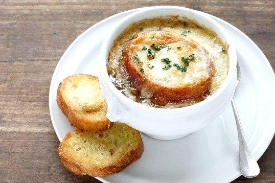 Як приготувати смачний цибулевий суп