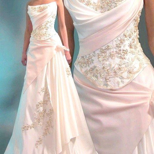 Як продати б / у весільну сукню
