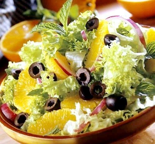 Як просто зробити незвичайний апельсиновий салат