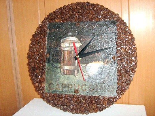 Як зробити годинник з кавових зерен