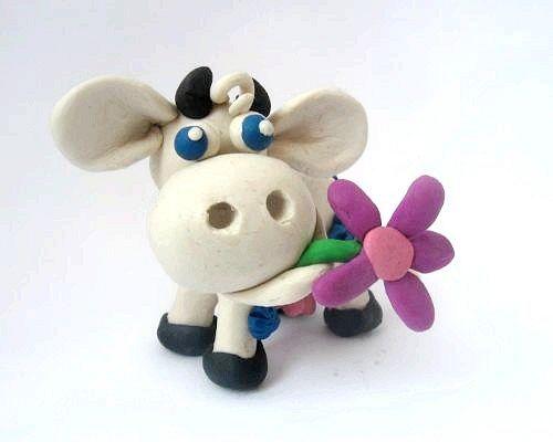 Як зробити корову з пластиліну