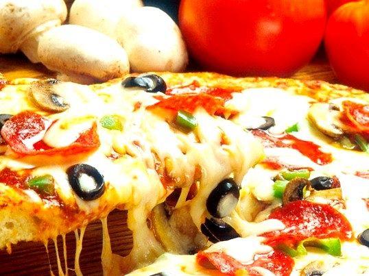 Смачна піца подарує будь-якій людині радість