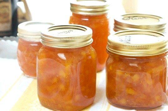 Як зварити смачне варення з персиків