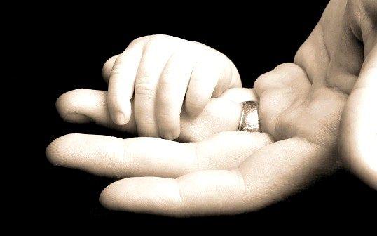 Як Встановити батьківство через суд