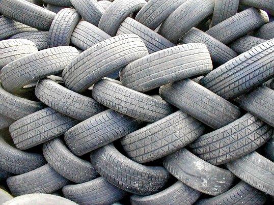 Як утилізувати зношені шини
