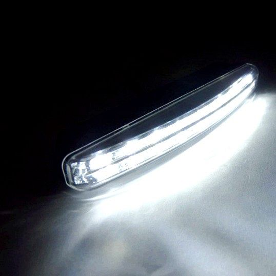 Як вставляти лампи денного світла