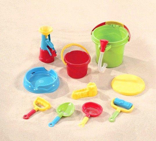 Як вибрати іграшки для пісочниці