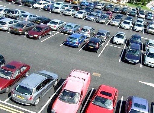 Як виїжджати з парковки