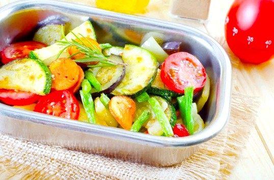 Як запікати овочі в духовці