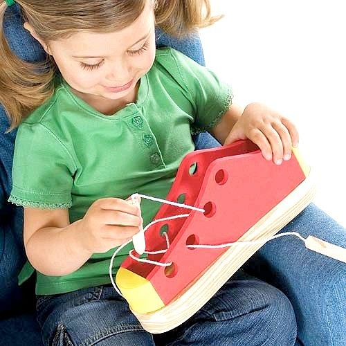 Які іграшки розвивають у дітей моторику рук
