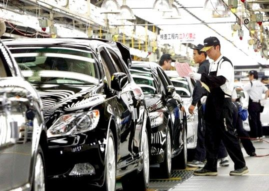 Які марки автомобілів виробляються в японії