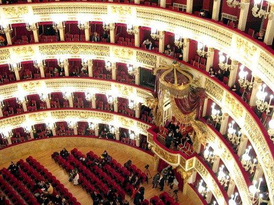 Які твори російських письменників лягли в основу відомих опер