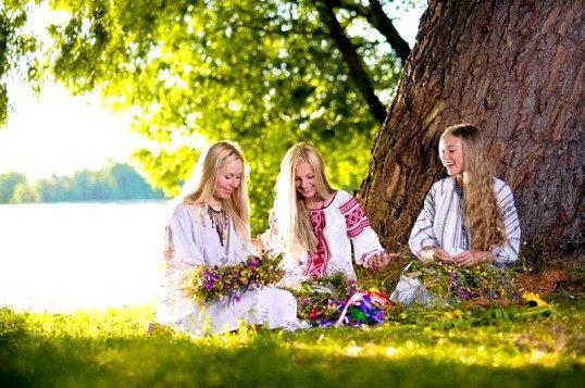 Які релігійні свята відзначають 23 червня