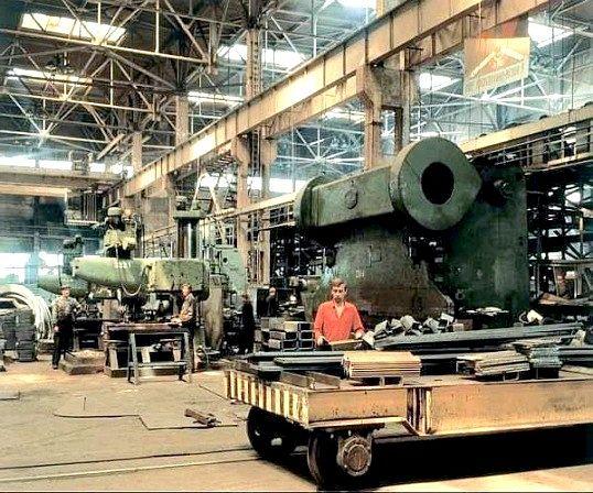 Які існують галузі машинобудування
