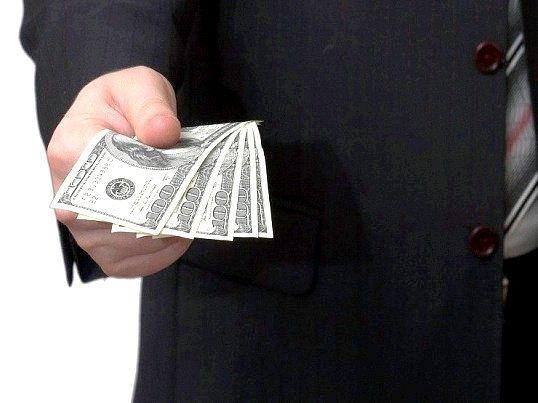 Коли не можна давати гроші в борг