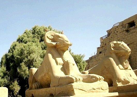 Хто такий єгипетський бог Хнум