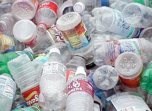 Куди здавати пластикові пляшки