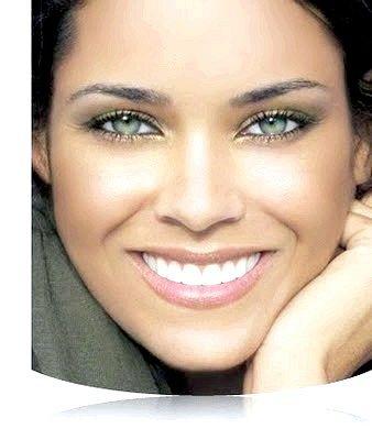 Легкий вечірній макіяж для зелених очей