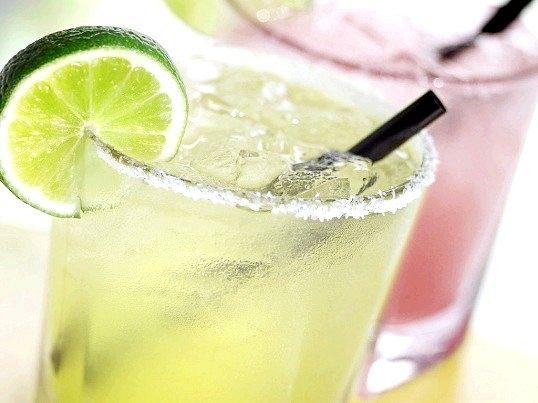 Літні напої для схуднення і з користю для здоров'я