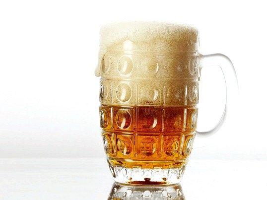 Чи можна пити прострочене пиво