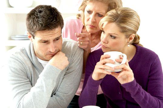 Ми будемо жити з батьками чоловіка. Як бути?