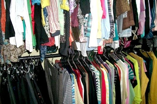Звідки береться одяг секонд хенд