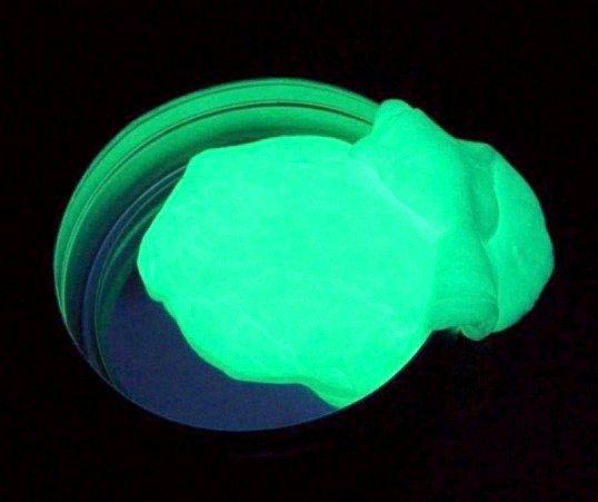 Чому фосфор світиться