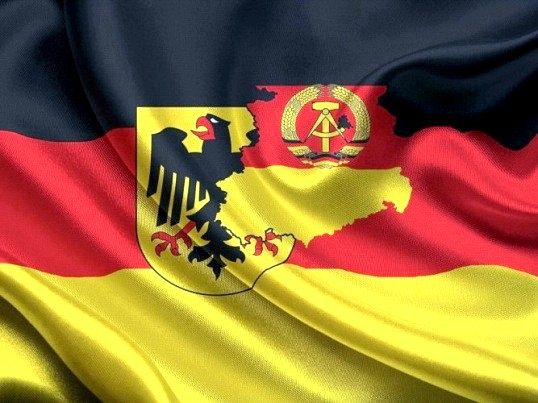 Чому германію була поділена на ФРН і НДР